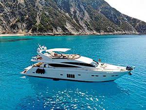 Luxury Yacht Charter in Greece